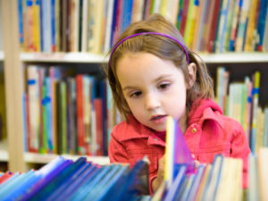 Helping Kids Choose Books for Summer Reading