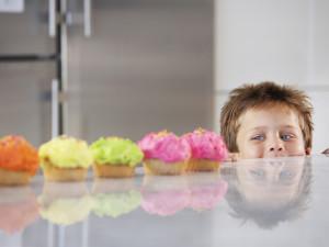 Ayudar a los Niños a Aumentar su Auto-Control
