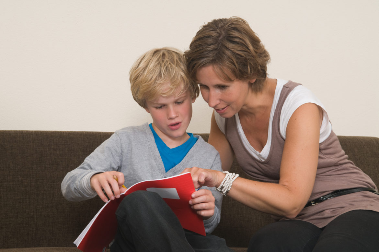 Maneras Simples para Comunicarse con los Maestros de sus Niño/as | KITS